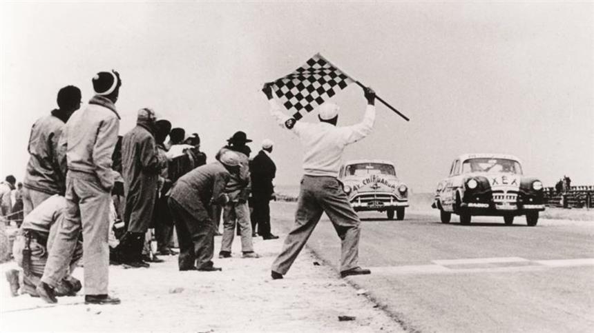 Adrenaline24h_Carrera_Panamericana_Mexico_1950