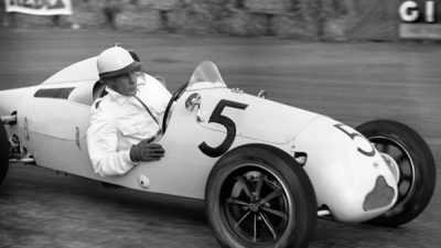 Stirling Moss su Cooper 500